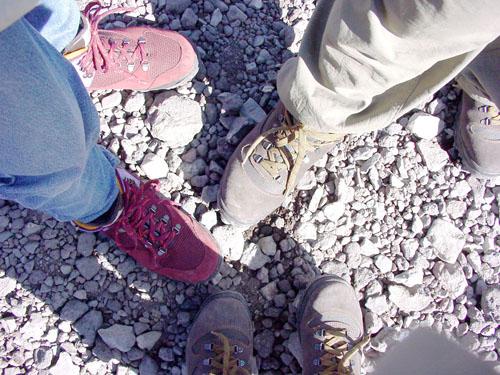 登山靴を揃えて、いえーい♪
