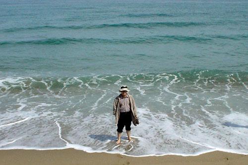鳥取砂丘:紺碧の海