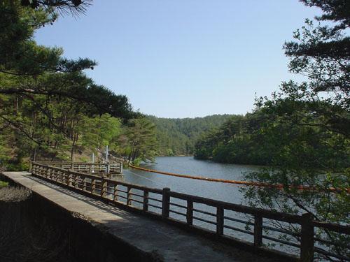 るり渓:通天湖