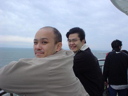 灯台の上より