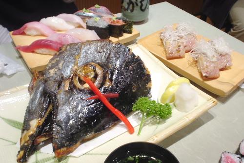 沼津港・魚がし鮨:かぶと煮