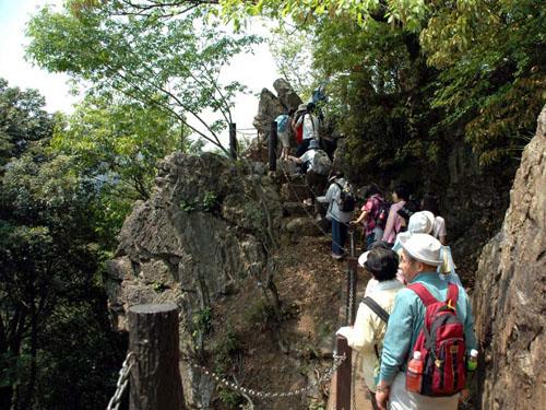 岩場を抜けたら、天覧山:山頂