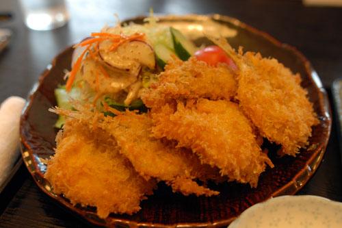 魚のフライの盛り合わせ(650円)
