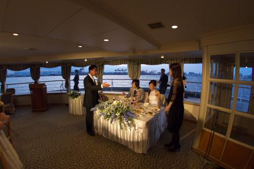 結婚式に参列@シンフォニー・クルーズ