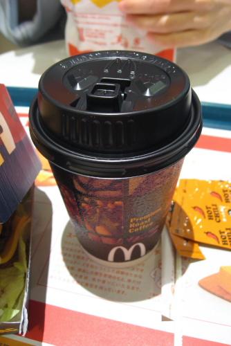 メガマックとプレミアムコーヒー