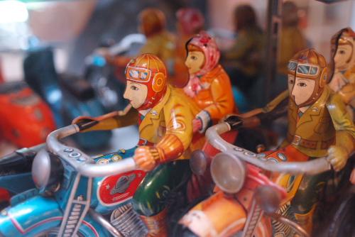 山手西洋館めぐり ブリキのおもちゃ博物館