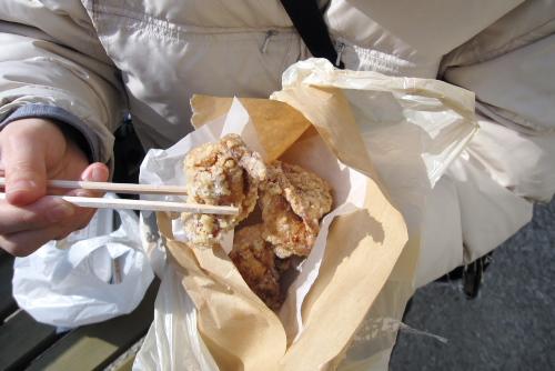 ほんもん屋/鶏の唐揚げ(4切・300円)