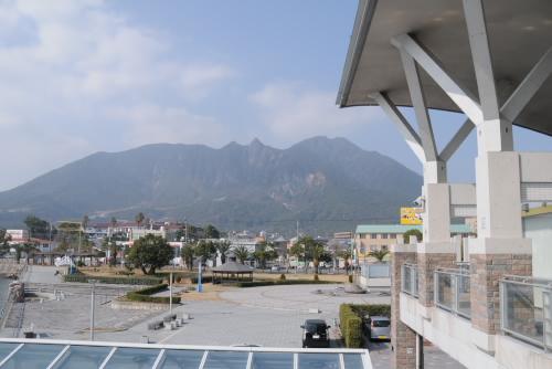 ターミナルから見る雲仙普賢岳