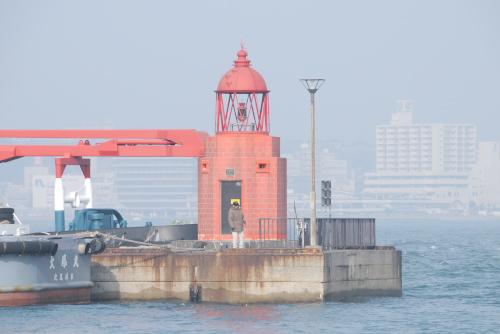 門司西海岸五号防波堤灯台 (門司レトロ灯台)