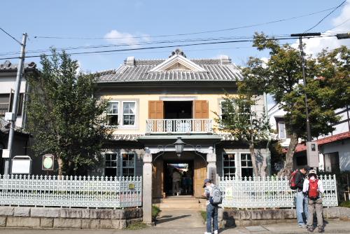 風通しのよい旧田中銀行博物館