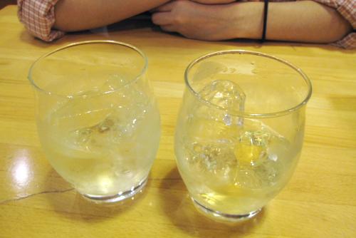 白州12年と山崎を飲み比べ