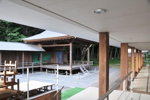 伝統芸能伝承館(森舞台)