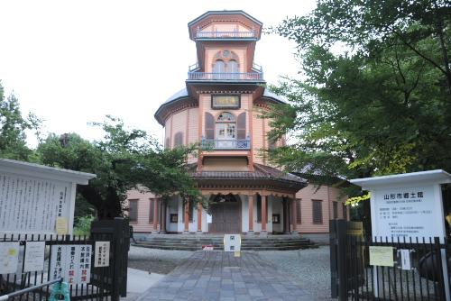 山形市郷土館(旧済生館本館)