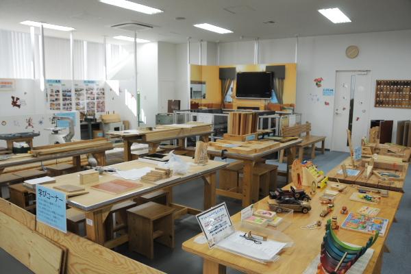 木材合板博物館