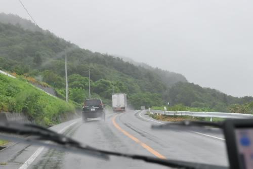 雨の野辺山へ