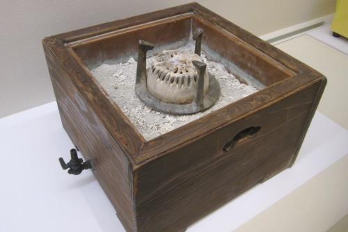 杉桝型火鉢