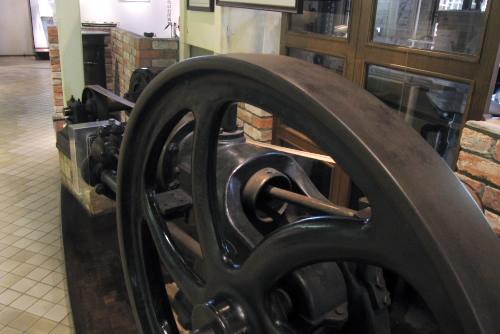 英国ホンスピー社製 3馬力ガスエンジン