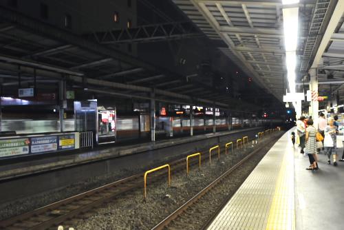 高円寺駅:中央線ホームは終了