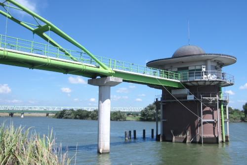 金町浄水場の第一取水塔