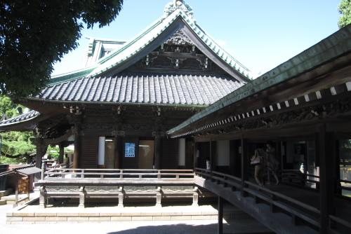 帝釈堂と本堂をつなぐ回廊
