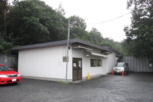 東ハト 関東工場直売店