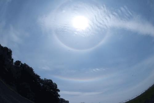 二重の虹(主虹と副虹)が見えた