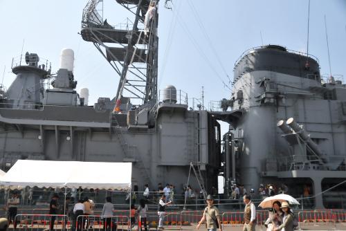 船橋港に停泊中の護衛艦「やまゆき」
