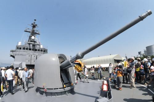 前甲板 62口径76mm単装速射砲 (Mod7)