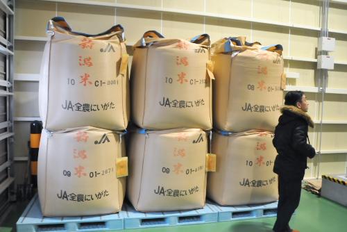 吉川:搬入された玄米