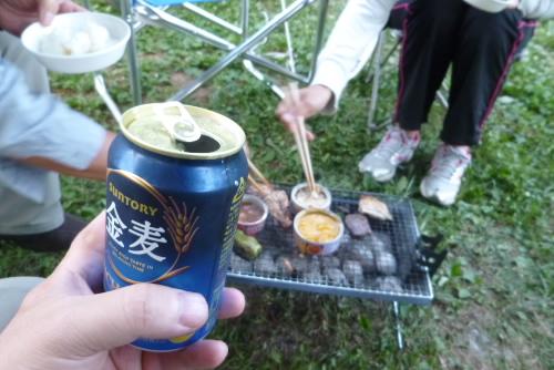 ビールをたしなむ