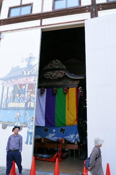 小前田上町の祭り屋台
