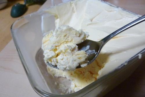 手作りアイスクリームの微妙なライン