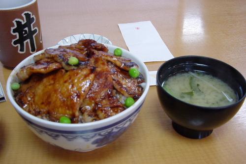 豚丼ぱんちょう / 帯広の豚丼はうまかった