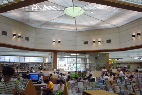朝霞市立図書館 / となりの区域に足を伸ばした