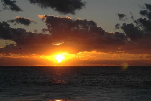 勝浦漁港 / 2005年の夜明け