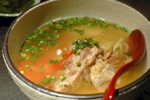 あしびな / 沖縄料理はツンデレチャンス!