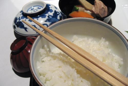 麻布・香門 / なまめかしいほど上品な箸