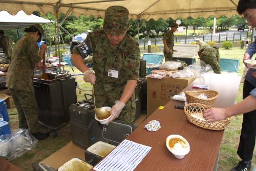 朝霞駐屯地のサマーフェア / 自衛隊カレーを食べよう