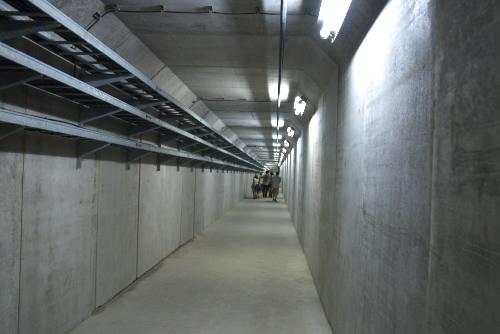 宮ヶ瀬ダム / 観光放流とダム堤体監査廊一般公開