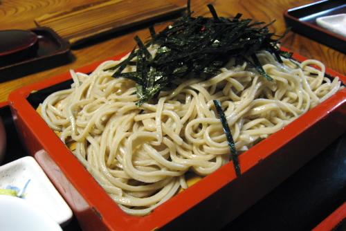麻布永坂 更科本店 / 老舗三すくみ