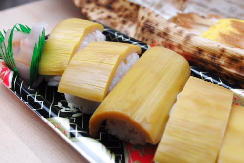 新宿小田急 四国・山陽の観光と物産展 / 献上麺, たけのこすし, 穴子おこわの竹川蒸し, のどぐろ、カレイの一夜干