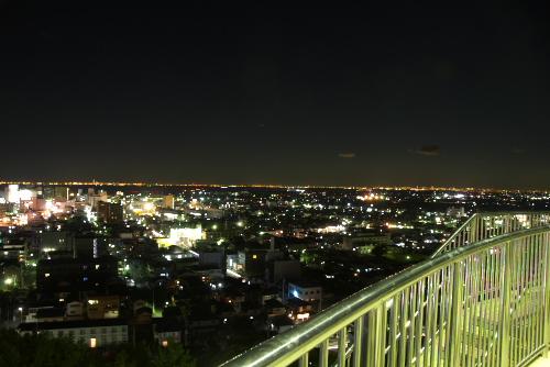 きみさらずタワーの夜景 / 高くはないが見晴らしはよい