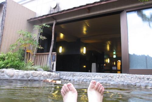 甲斐路の湯 ドーミーイン甲府 / ウォーキングの疲れを癒す