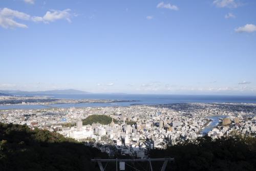眉山 / 徳島市街を一望する