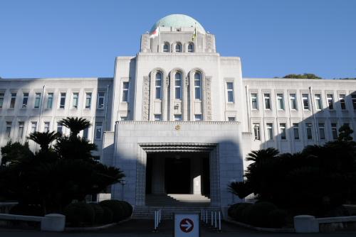 愛媛県庁舎を見学 / 石造りの立派な建物