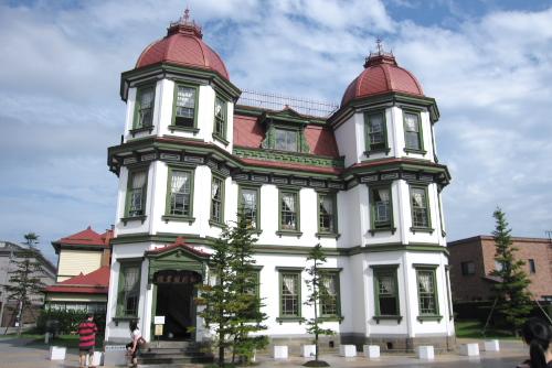 弘前市立観光館 / 歴史建造物がいっぱい
