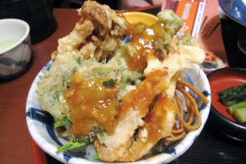 いずみ屋 / 味噌天丼とわかさぎフライ定食