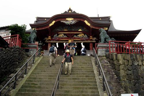 ようやく登り切った御嶽神社