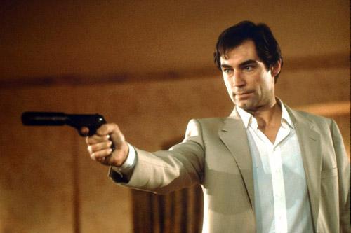 007(15) リビング・デイライツ