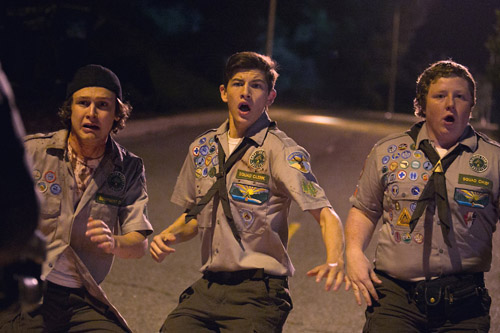 SCOUTS GIDE TO THE ZOMBIE APOCALYPSE